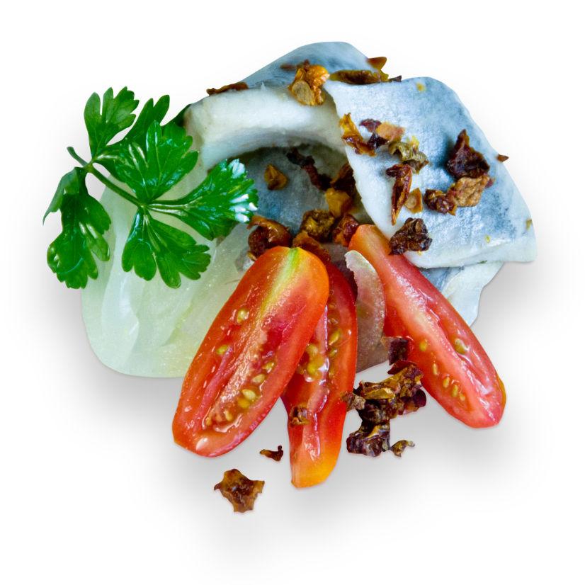 filety sledziowe z suszonymi pomidorami z tacki